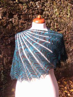 I think I found a pattern to use my Wollmeise Lace-Garn Egyszerű Horgolás bd74ff54f4