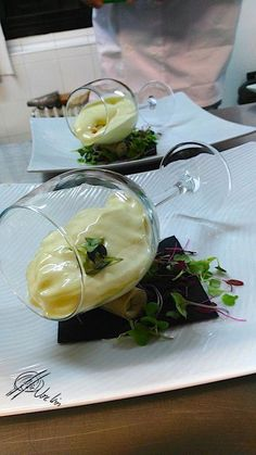 Have you ever thought of food as a way of making a - Présentation des Plats Food Design, Gourmet Catering, Gourmet Recipes, Cooking Recipes, Food Decoration, Molecular Gastronomy, Food Plating, Plating Ideas, Creative Food