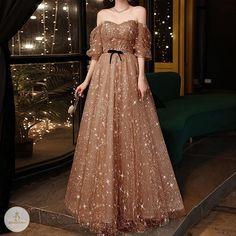 Princess Ball Gowns, Princess Outfits, Ball Gowns Evening, Evening Dresses, Kids Dress Patterns, Golden Dress, Fantasy Gowns, Evening Outfits, Classy Dress