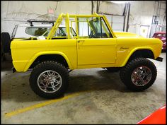 T155.1 1967 Ford Bronco  302 CI Photo 2  COLOR, COLOR, COLOR STYLE,STYLE,STYLE OMG!!! LOVE IT