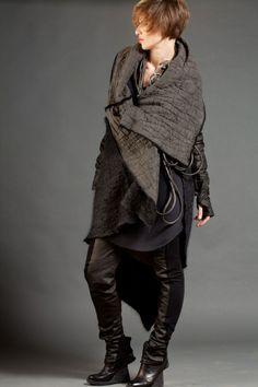 Alessandra Marchi F/W 2011 | The Ultimate Black & White Lookbook