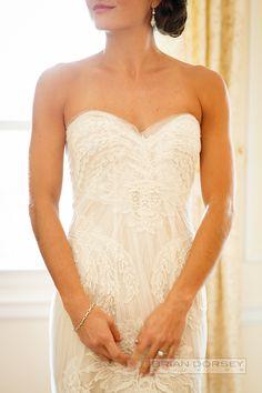 ♥ Photography: Brian Dorsey Studios - briandorseystudios.com  Read More: http://www.stylemepretty.com/tri-state-weddings/2014/04/21/traditional-wedding-at-the-metropolitan-club-wedding/