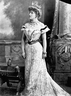Lady Almina, the 5th Countess of Carnarvon