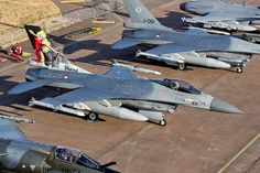 F 16 Falcon, Model Airplanes, Military Aircraft, Firefighter, Netherlands, Air Force, Fighter Jets, Classic Cars, War