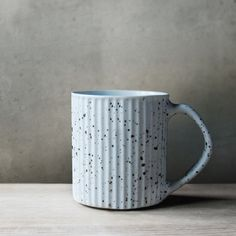 Ripple Retro Ceramic Mug Specks