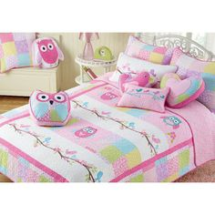 @Overstock - Pink Owl 3-piece Quilt Set - This Pink Owl bedding transforms your child's room into a woodsy wonderland. The quilt has a pure cotton filling that helps keep the little girl warm and includes at least one matching sham.  http://www.overstock.com/Bedding-Bath/Pink-Owl-3-piece-Quilt-Set/9198341/product.html?CID=214117 $64.99