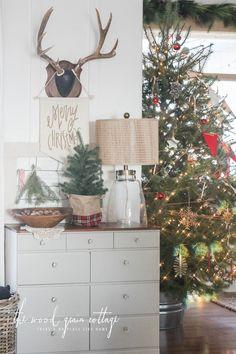 Christmas Decor Cottage Christmas And Rustic Christmas On Pinterest