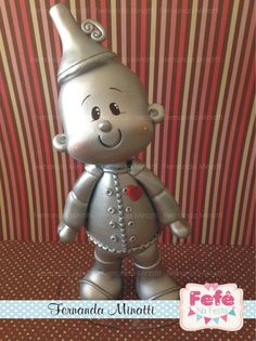 Tin Man, looks like a cake topper? Polymer Clay Figures, Cute Polymer Clay, Cute Clay, Polymer Clay Dolls, Fondant Figures, Polymer Clay Projects, Clay Crafts, Toy Art, Clay Figurine
