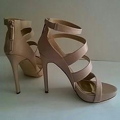 Liliana nude heels Brand new never been worn NWOT Liliana Shoes Heels