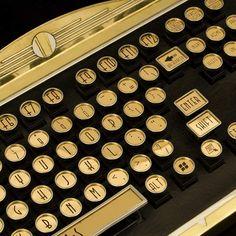 amazing art deco keyboard | More on the myLusciousLife blog: www.mylusciouslife.com