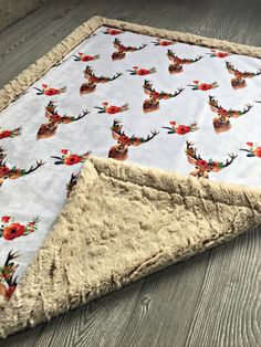 Minky Baby Blanket, Soft Baby Blankets, Diy Quilting Patterns, Baby Keepsake, Baby Boutique, Cute Baby Clothes, Baby Sewing, Future Baby, Coco