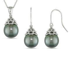 """Sterling Silver 9.0-9.5 MM Freshwater Pearl Pendant Necklace and Earrings Set, 18"""" Amazon Curated Collection. $124.00. The natural properties and process of pearl formation define the unique beauty of each pearl. The image may show slight differences in texture, color, size and shape.. Carved rings are naturally occurring imperfections that result from the pearl rotating inside the mollusk as it is growing. They define the unique beauty of each pearl and may vary in si..."""