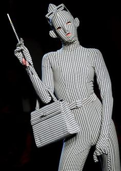 French designer Jean Paul Gaultier takes pattern to the extreme. Weird Fashion, Fashion Art, High Fashion, Fashion Design, Bad Fashion, Trendy Fashion, Jean Paul Gaultier, Style Couture, Couture Fashion