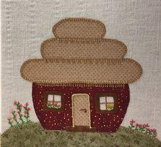 Huset er fra Quilt my Design og er syet af min kursist Marie Skjødt Petersen i 2016 hos Speich Design.