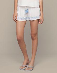 Short ricamato - Shorts - Italia