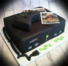 Xbox grooms cake Cake by Skmaestas - this screams my brother! Hah grooms cake Cake by Skmaestas - this screams my brother! Beautiful Cakes, Amazing Cakes, Xbox Party, Nerd Party, Xbox Cake, Video Game Party, Cakes For Boys, Kid Cakes, Creative Cakes