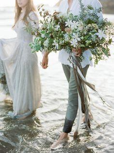 Washed Ashore Coastal Wedding Inspiration | Katie Rivera Photography | Donny Zavala x Tyler Rye Oregon Coast Workshop