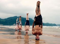 Top 25 Best Yoga Asanas For Losing Weight Quickly And Easily - Great poses for a lot of things, actually. But the guy in the back in this picture, man. Yoga Fitness, Easy Fitness, Fitness Workouts, Fitness Humor, Fitness Quotes, Pilates, Yoga Ashtanga, Poses References, Yoga For Men