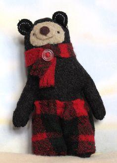 Cutest darn felt bear!  Christmas decor or ornament.  By Susan Mitchell