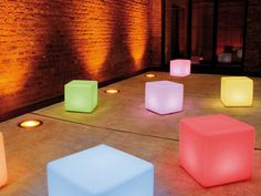 Illuminate your garden with this stunning multicoloured outdoor LED cube light up table by German high end designer- Moree. The Cube table also doubles as a seat and makes a striking focal point for any living space. Dance Floor Lighting, Bar Lighting, Lighting Ideas, Lounge Lighting, Design Shop, Cube Design, Cubes, Mirror Room Divider, Decoration Home