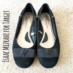 Isaac Mizrahi for Target Leather Ballet Flats Excellent used condition, worn once or twice  Size 6  Leather Isaac Mizrahi Shoes Flats & Loafers