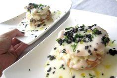 Hoy os presentamos otra receta de nuestro recetario de Navidad enviado por Amara Costas. Una milhoja deliciosa de bacalao que dejará a todos con la boca abierta