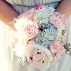 dusty rose bouquet | Winter Daydreams: A Winter Wedding Color Story - My Wedding Reception ...