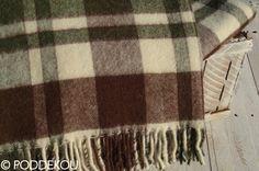 Deka z alpaky károvaná zeleno hnedá a biela so strapcami.Tartanová deka vlnená. Wool Blanket, Blankets, Luxury, Fleece Blanket Edging, Blanket, Cover, Comforters