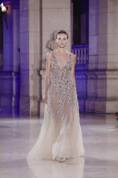 Dany Atrache Look 1 Spring Summer 2019 - Gorgeous Embroidered Ivory Backless Slip A-Lane Evening Maxi Dress / Evening Gown with V-Neck Cut, Open Back and small Train. Runway Show by Dany Atrache Source by lillylouwest - Evening Dresses, Prom Dresses, Summer Dresses, Formal Dresses, Evening Gowns Couture, Couture Dresses, Fashion Dresses, Lace Bridal, Pronovias