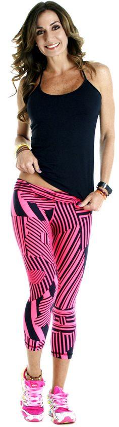 BohnoFitWear Neon Pink Capri workout clothes Workout Gear www.sandiegofit.com Workout Attire, Workout Wear, Workout Outfits, Sport Fashion, Fitness Fashion, Moda Fitness, Fitness Gear, Fitness Quotes, Fitness Motivation