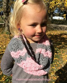 Crochet Toddler Girls Scarf - free pattern - pink and grey chevron   Momma Beans and Baby Things  