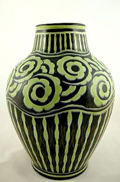 A Boch Freres Keramis baluster Art Deco vase designed by Charles Catteau, circa 1925 Vase Design, Art Deco Design, Manufacture De Sevres, Art Nouveau, Paper Vase, Vase Crafts, Keramik Vase, Clay Vase, Art Deco Furniture
