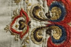 Skjorte - Norsk Folkemuseum / DigitaltMuseum Textile Tapestry, Wool Embroidery, Textiles, Cloths, Textile Art