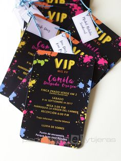 Invitaciones y Tarjetas de 15 años - Bogotá y Medellín Neon Birthday, 13th Birthday Parties, 19th Birthday, Sweet 16 Birthday, Birthday Party Themes, Glow Party, Disco Party, Neon Party Decorations, Princess Birthday Invitations