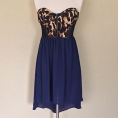 SALE‼️‼️Leopard print dress Very beautiful leopard print dress bottom is dark blue Dresses
