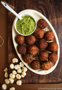 Makhana Paneer Ball - Foxnut & cottage cheese ball Indian Food Recipes, Ethnic Recipes, Rich In Protein, Cheesecake Bites, Cheese Ball, Cottage Cheese, The Dish, Chutney, Spice Things Up