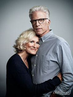 Older Couple Poses, Older Couples, Mature Couples, Couple Posing, Couple Portraits, Glenn Close, Family Picture Poses, Photo Couple, Portrait Poses