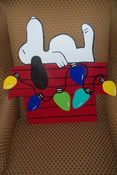 Items similar to Snoopy Doghouse Christmas Door Hanger on Etsy Burlap Crafts, Wood Crafts, Diy Crafts, Snoopy Dog House, Wooden Door Hangers, Wooden Projects, Kids Wood, Christmas Door, Custom Woodworking