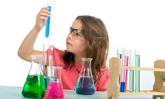 Girl in science class. Young girl examining a test tube in a science class , Mad Science, Stem Science, Science For Kids, Science Experiments, Science Ideas, Teaching Science, Versailles, Scientific Method Steps, Kitchen Science
