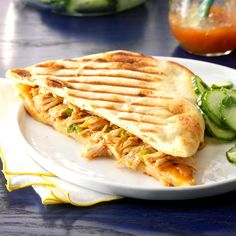 Tandoori Chicken Panini Recipe -The tandoori-style spices in this chicken give it a bold flavor that's so hard to resist. It tastes incredible tucked between pieces of naan, then grilled for an Indian-inspired panini. Panini Recipes, Lunch Recipes, Dinner Recipes, Healthy Recipes, Slow Cooker Recipes, Cooking Recipes, Slow Cooking, Pressure Cooking, Chicken Panini