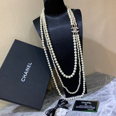 Chanel Necklace, Chanel Jewelry, Long Necklaces, Louis Vuitton Twist, Shoulder Bag, Pearls, Chain, Classic, Bags