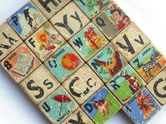 Vintage alphabet blocks.  Un charme fou.