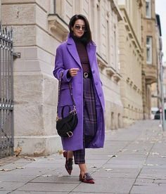 – Coat of arms Paris Chic, Workwear Fashion, Fashion Outfits, Fashion Trends, Fashion Clothes, Fashion Fashion, Fashion Blogs, Style Clothes, Petite Fashion