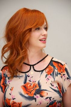 Hair red copper christina hendricks 18 Ideas for 2019 - Michael Nehls - Beautiful Christina, Beautiful Red Hair, Beautiful Redhead, Christina Hendricks, Redhead Hairstyles, Trendy Hairstyles, Cristina Hendrix, Red Hair Color, Color Red