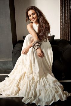 Rani Mukherji - awesome bollywood actress. I love her! She's so elegantly beautiful.
