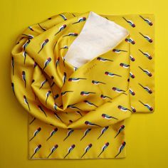 Chiffon-silk Diva Bara scarf with 202 cute Swallow birds. Swallow Bird, Fabric Design, Diva, Chiffon, Birds, Style Inspiration, Clothes, Home Decor, Fashion