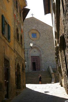San Francesco, Cortona (by dvdbramhall, via Flickr)