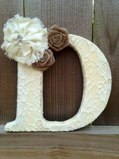 Distressed painted letter with lace and by TinyTotsNurseryDecor 💋💋another fav letter 💋💋 Diy Letters, Floral Letters, Painted Letters, Wood Letters, Nursery Letters, Image Pinterest, Diy And Crafts, Arts And Crafts, Monogram Wall