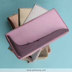 Bring some shine in your collection with these Yehwang wallets Creating A Business, Wholesale Jewelry, On Set, Latest Fashion Trends, Fashion Online, Wallets, Zip Around Wallet, Jewelry Accessories, Platform