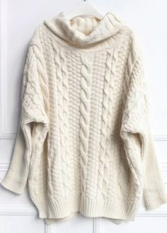 Вязаный женский свитер согревает в холодное время и выделяет из толпы креативным узором или необычной расцветкой. С какой одеждой стоит сочетать различные модели свитеров, какие цветовые решения и типы вязки диктует мода и чем так хороши вязанные фасоны?